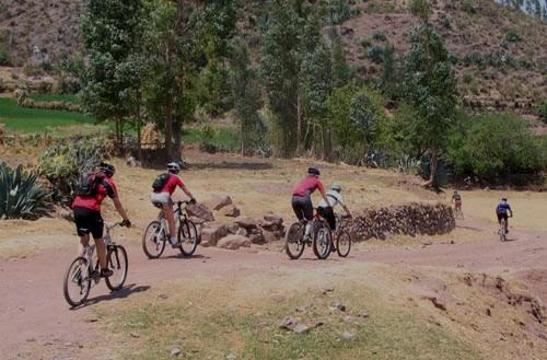 biking to machu picchu
