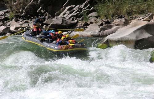 Canotaje en el rio Urubamba - Aventura total