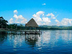 Tarapoto Lagune Bleue