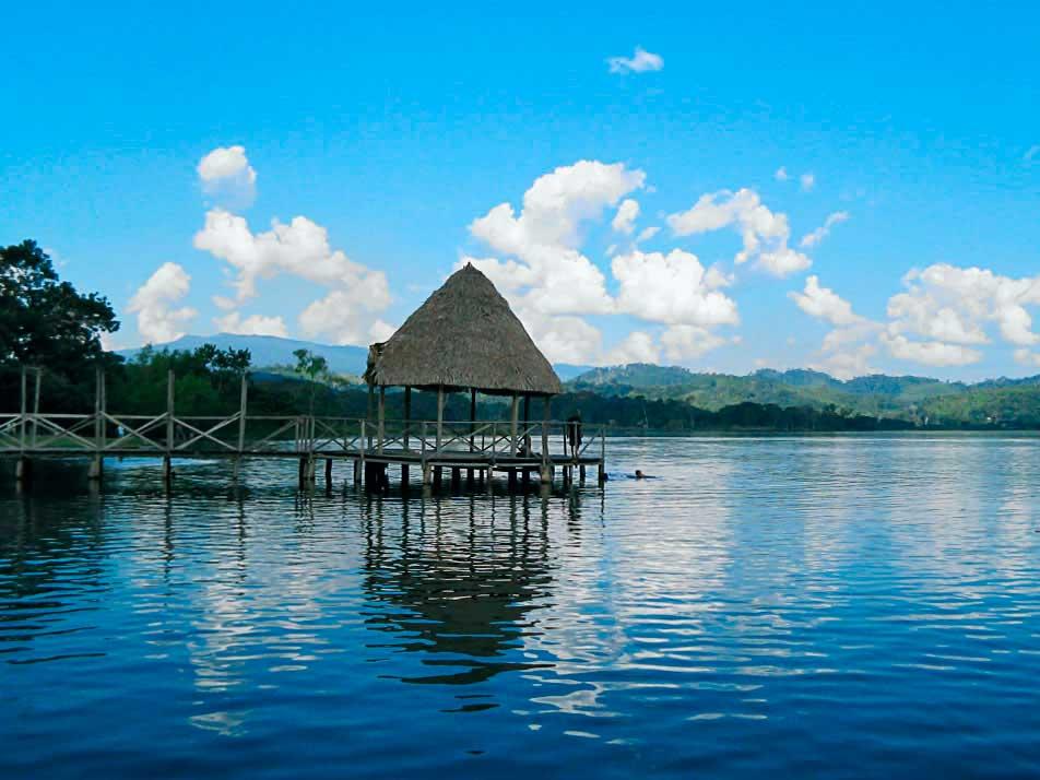 Blue Lagoon - Tarapoto - San Martin